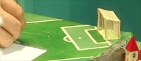 flohshow-floehe-spielen-fussball