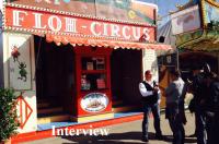 flohzirkus-dreharbeiten-interview-auf-der-wiesn